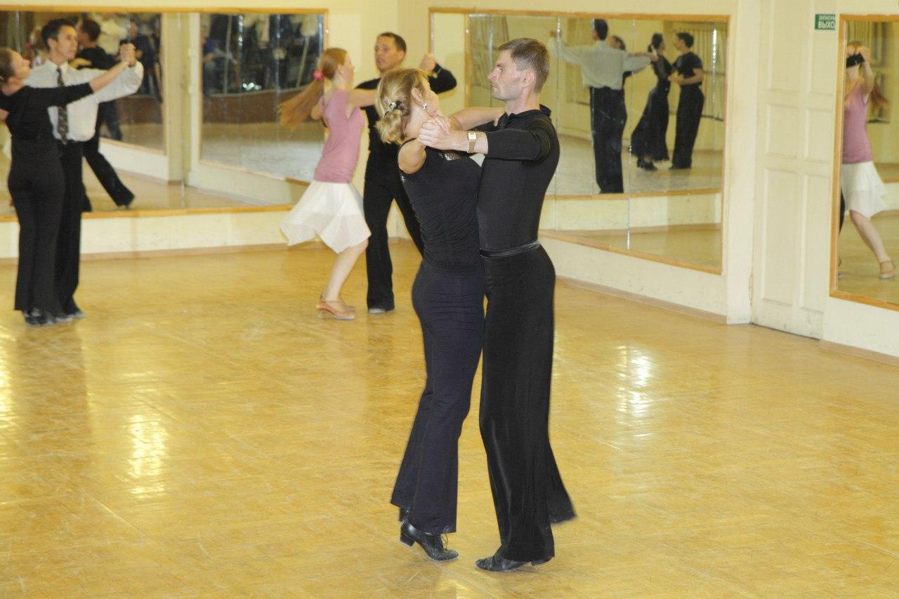 В чём ходить на тренировки бальных танцев